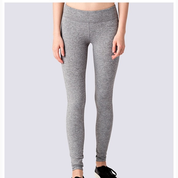 9948728356 Ivivva Bottoms | Girls Size 12 Light Grey Leggings | Poshmark